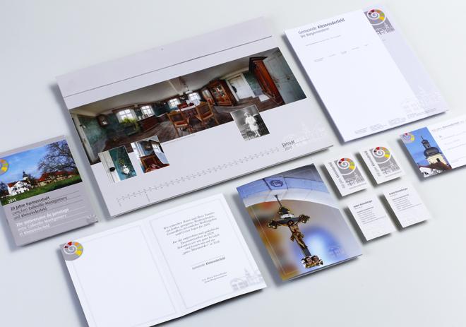 Corporate Design Visitenkarten, Briefpapier, Glückwunschkarten, Gemeindebroschüren und Fotokalender